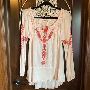 {Free People} embroidered peasant blouse